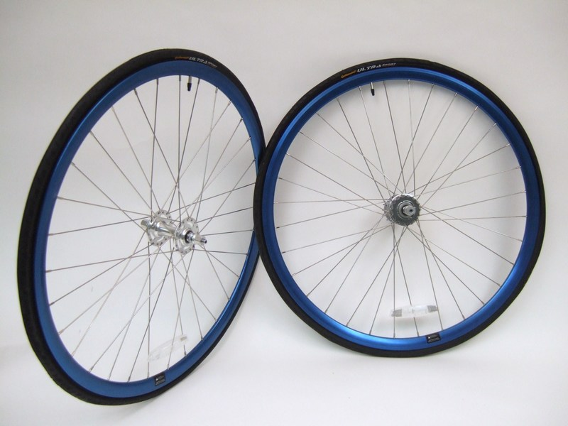Parts Blue anodized Alex Crostini R1.1 wheel set with sealed SE high flange hubs Image