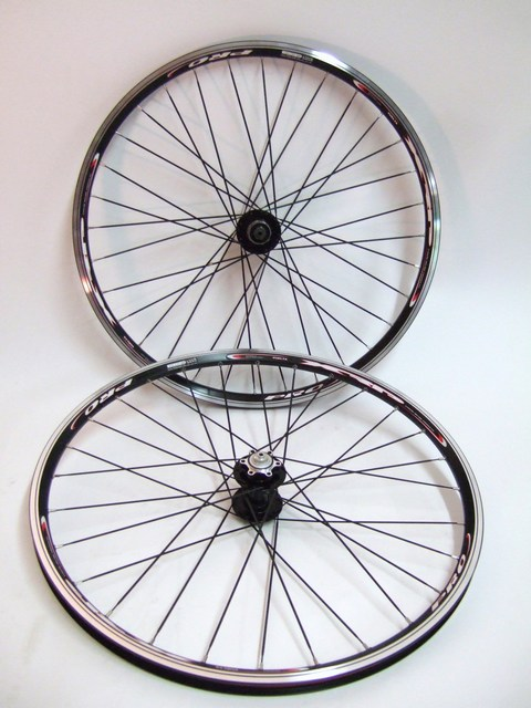 Parts 26 inch Vuelta Pro Disc / Rim Brake Wheel Set - Colored Hubs Image