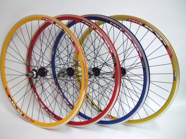 Parts Track Wheelset In Colors Image