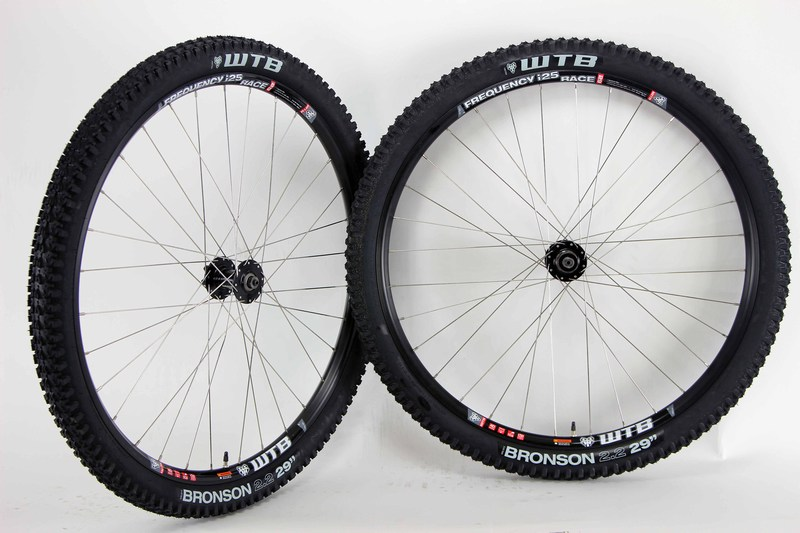 Parts Fantom 29 Comp Wheels and Tires Image