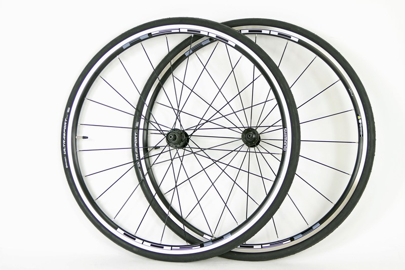 Parts 700c Shimano R501 Road Bike Wheels With Tires Image