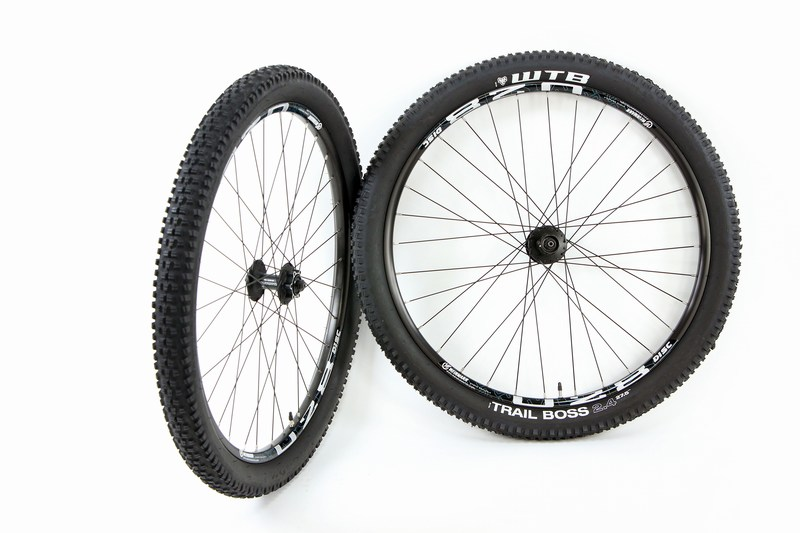 Parts 27.5 in / 650b ATB Disc Brake Wheel SetWeinmann U28 WTB Trail Boss 2.4 Tires and Tubes Image