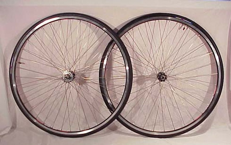 Parts Track / Fixed Gear Black With Tires Image